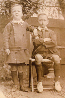 Sons of George Thomas Bowen, and Ellen Agnes Lyons. Left: Leo. Right: Herbert (Bert), probably around 1907-08