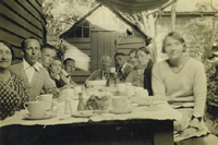 The Bowen family about 1935 at Bonbeach, Victoria